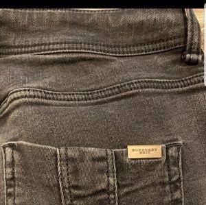 Autentic Burberry jeans for women